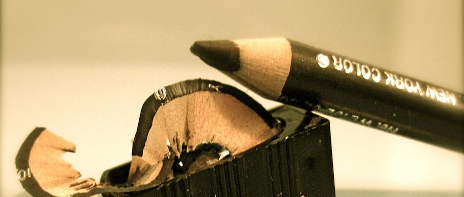 eyeliner oder kajal unsere tipps f r den perfekten lidstrich beautylog. Black Bedroom Furniture Sets. Home Design Ideas