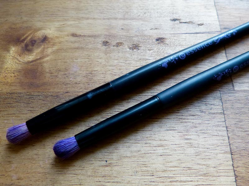 Make-up-Pinsel: Essence Smokey Eyes Brush